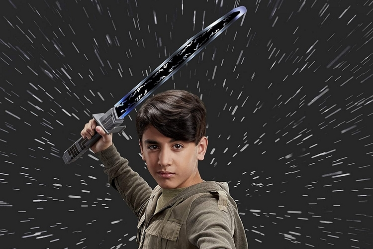 Forget Lightsabers, Take The Full Power Of The Force To Your Swordfights With Hasbro's Mandalorian Darksaber